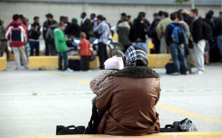 Επιχείρηση της ΕΛ.ΑΣ. σε προσφυγικό καταυλισμό στη Σάμο