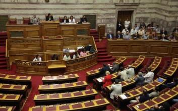 Τη Δευτέρα κατατίθεται ο νόμος για τα προαπαιτούμενα στη Βουλή
