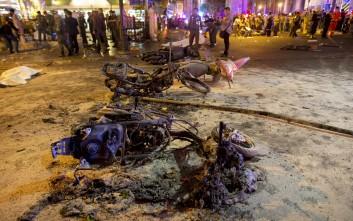Αυξάνεται δραματικά ο κατάλογος των νεκρών στην Μπανγκόκ