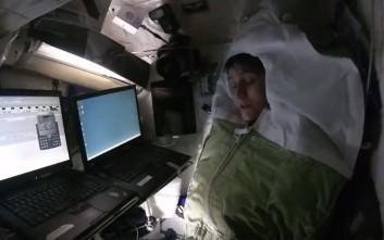 Ο ύπνος μέσα σε ένα διαστημικό σταθμό