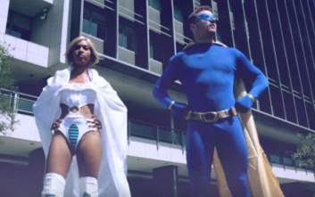 Αν οι πραγματικοί ήρωες ντύνονταν σαν σούπερ ήρωες