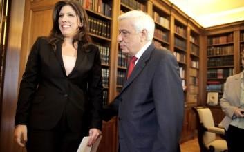 Τη σύνθεση της νέας Βουλής μεταφέρει στον Παυλόπουλο η Κωνσταντοπούλου