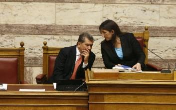 Ο Μητρόπουλος κάνει κόμμα με Βαρουφάκη και Ζωή Κωνσταντοπούλου