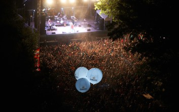 «Amstel & River Party» μια σχέση που μετράει 17 χρόνια παρέας και διασκέδασης