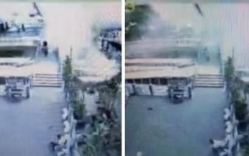 Πέταξαν εκρηκτικά από γέφυρα στη Μπανγκόκ