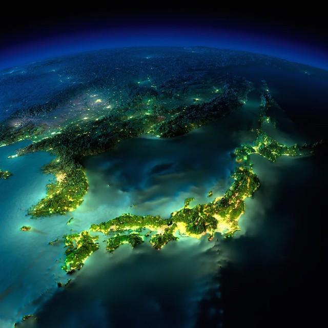 earth_at_night_03