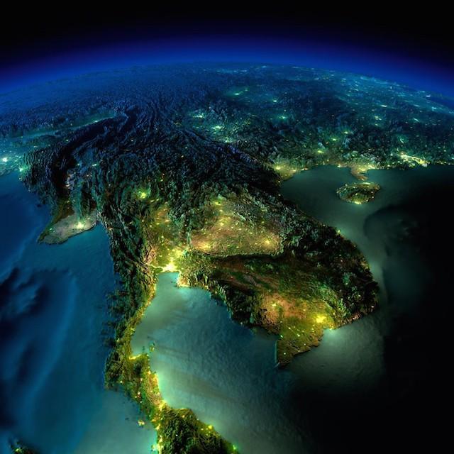 earth_at_night_11