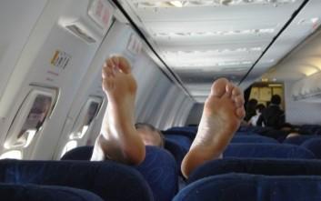 Τα ενοχλητικά που κάνουν οι επιβάτες και εκνευρίζουν τις αεροσυνοδούς