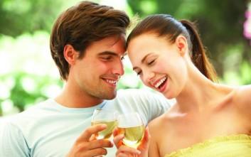 Πώς επηρεάζει η ομορφιά μιας γυναίκας τους άντρες