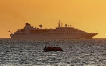 Στην Ιταλία σκάφος με 200 μετανάστες που εντοπίστηκε ανοιχτά της Πύλου