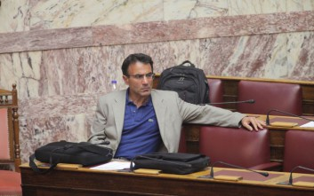 Λαπαβίτσας: Η νέα δανειακή σύμβαση δεν έχει προηγούμενο