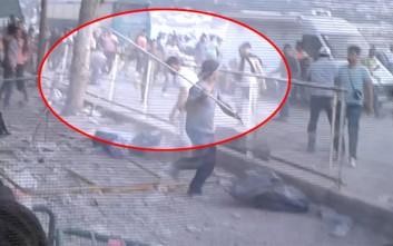 Αιματηρές συμπλοκές με σιδερόβεργες μεταξύ μεταναστών στη Μυτιλήνη