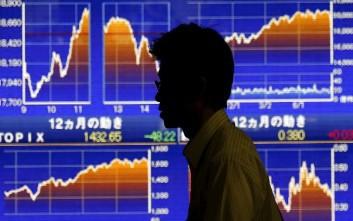 Το χρηματιστήριο στο Τόκιο ακολουθεί στον κατήφορο την Wall Street