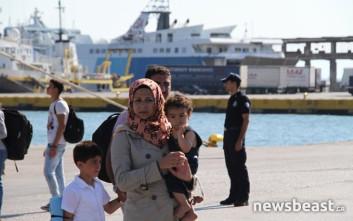 Στον Πειραιά γεμάτο πρόσφυγες το «Ελευθέριος Βενιζέλος»