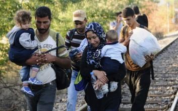 Τρόφιμα και είδη υγιεινής στους πρόσφυγες στην Ειδομένη