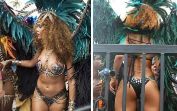 Η Rihanna χορεύει ημίγυμνη στα Barbados