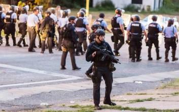Διαδηλώσεις στο Σαιντ Λούις μετά το θάνατο αφροαμερικανού από πυρά αστυνομικού