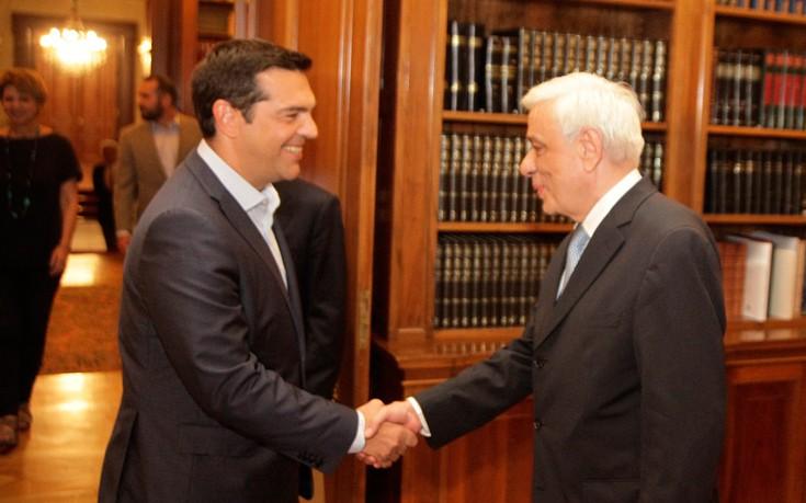 Στον Παυλόπουλο για το Κυπριακό ο Τσίπρας