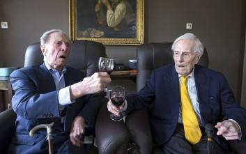 Οι γηραιότεροι δίδυμοι του κόσμου αποκαλύπτουν το μυστικό μακροζωίας