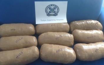 Μεγάλη ποσότητα ναρκωτικών εντόπισαν τελωνειακοί σε αποθήκη στο αεροδρόμιο «Ε. Βενιζέλος»