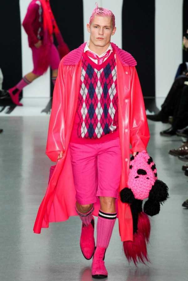 weird-bizarre-eccentric-fashion-7