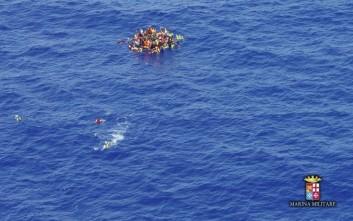 Φόβοι για νέα τραγωδία με δεκάδες νεκρούς σε ναυάγιο στη Μεσόγειο