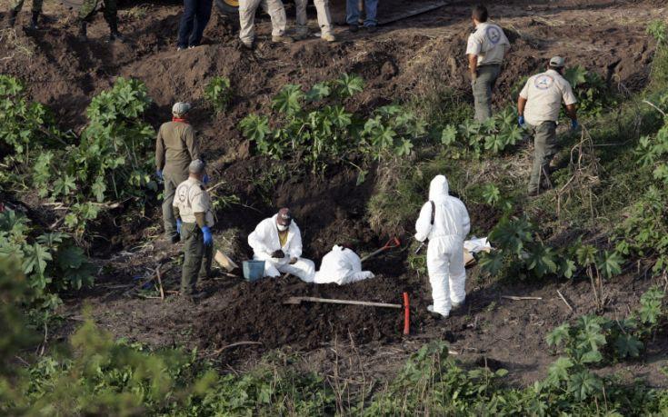 Ομαδικός τάφος Μεξικό