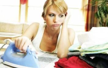 Έξυπνα tips βάζουν τέλος στο σιδέρωμα