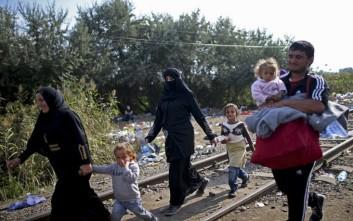 Προβληματίζουν οι χώρες που αρνούνται τις ποσοστώσεις για τους πρόσφυγες