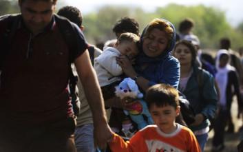 Πάνω από 100.000 πρόσφυγες και μετανάστες μπήκαν τον Αύγουστο στην Ελλάδα