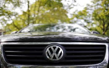 Έλεγχοι μέτρησης ρύπων στα αυτοκίνητα VW ζητά το Κέντρο Προστασίας Καταναλωτών