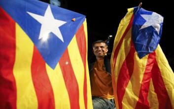 Αποκλεισμό των εκλογικών τμημάτων διέταξε η εισαγγελία στην Καταλονία