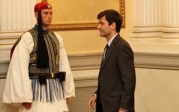 Χουλιαράκης: Η επίτευξη στόχου πρωτογενών πλεονασμάτων στο 3,5% είναι εφικτή