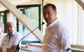 Ο Σταύρος Θεοδωράκης περιοδεύει στη Βόρεια Ελλάδα