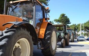 Αγροτική μηχανοκίνητη πορεία στην Κόρινθο