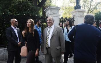 Τι απαντάει ο Μπόλαρης σε όσους από το ΣΥΡΙΖΑ ζητούν την αποπομπή του