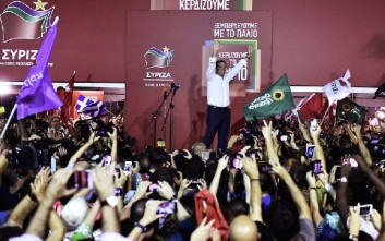 Independent: Ο Τσίπρας αναστήθηκε από τις στάχτες του
