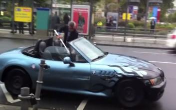 Έβαλε φωτιά στη BMW του έξω από την έκθεση της Φρανκφούρτης