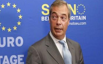 Εκστρατεία υπέρ του Brexit ξεκινά ο Φάρατζ