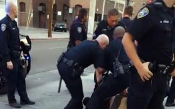 Ενέδρα σε αστυνομικούς στο Λος Άντζελες: Σε κρίσιμη κατάσταση ένας άνδρας και μια γυναίκα