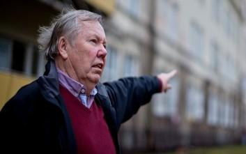 Ο Σουηδός μεγιστάνας της ποπ που έκανε τους πρόσφυγες μπίζνες