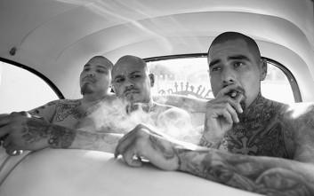 Πρώην μέλη συμμορίας αποκήρυξαν τη βία και τώρα «χτυπούν» τατουάζ
