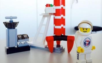 Πλαστικές φιγούρες της Lego πέταξαν στο διάστημα