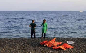 Ιστιοπλοϊκό αποβίβασε 73 παράτυπους μετανάστες στην Ανατολική Μάνη