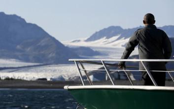Ο Μπαράκ Ομπάμα στους παγετώνες της Αλάσκας