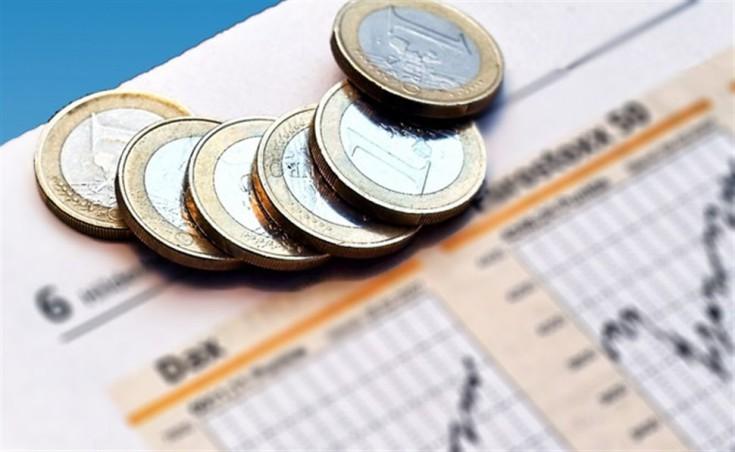 Bloomberg: Στο χαμηλότερο επίπεδο από τον Αύγουστο το πενταετές ελληνικό ομόλογο
