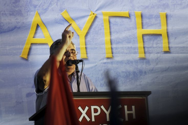 Leader of far-right Golden Dawn party Nikolaos Mihaloliakos delivers a speech during the main pre-election rally outside the party's headquarters in Athens, Greece, September 16, 2015. The outcome of Sunday's Greek national election looks more uncertain than ever after the country's two dominant politicians ruled out working with each other and apparently failed to sway undecided voters in a final televised debate. REUTERS/Michalis Karagiannis