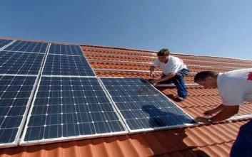 Διορθωτικές παρεμβάσεις στο νόμο για τα φωτοβολταϊκά προαναγγέλλει ο Μεϊμαράκης