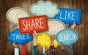 SOCIAL MEDIA FACEBOOK TWITTER INTERNET