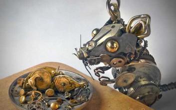 Μικροσκοπικά γλυπτά από παλιά ρολόγια